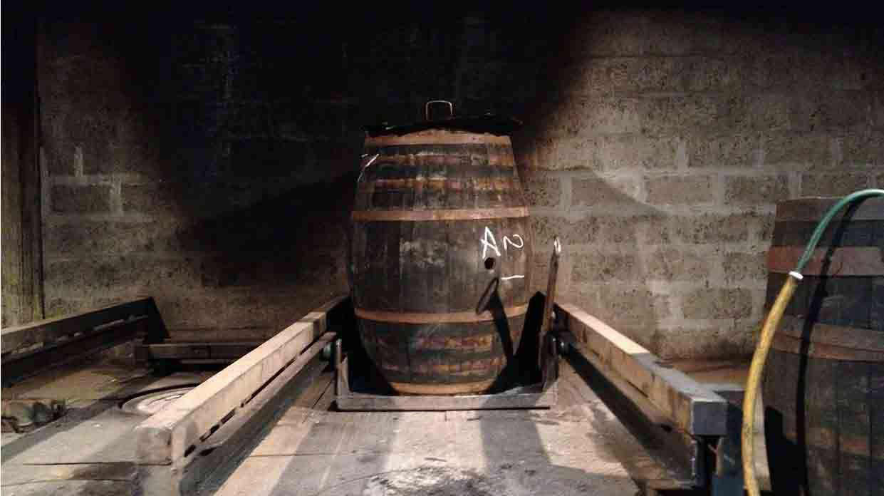 Upright whisky cask