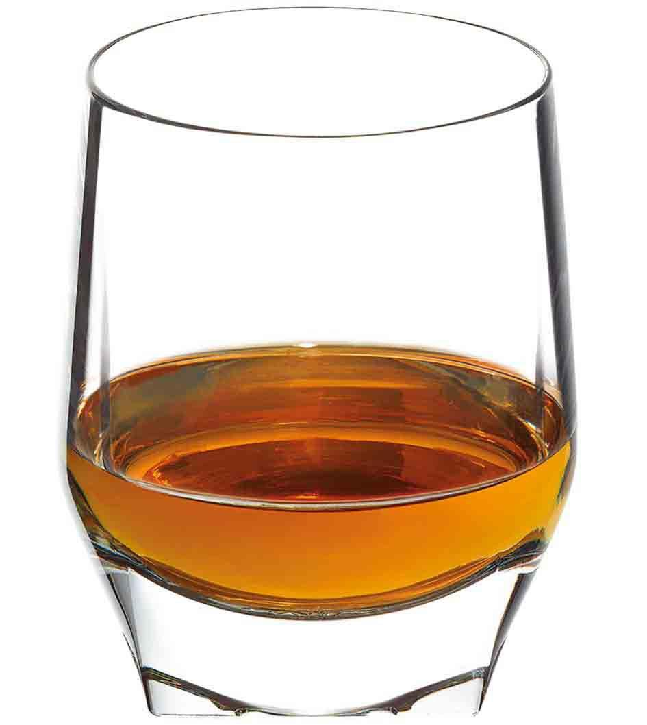 Johnnie Walker Blue Label Perfect Serve in a tumbler