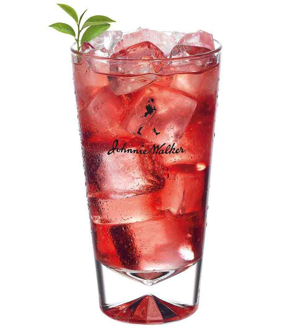 Johnnie Walker Red and Cranberry cocktail in a tall
