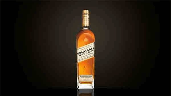 Bottle of Johnnie Walker Gold Label Reserve whisky